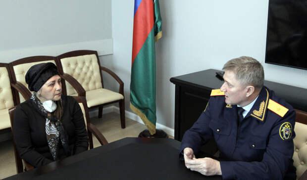 Мать убитого вВолгограде студента-азербайджанца встретилась сруководителями СУСКР