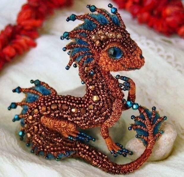 Дракончики ручной работы из бисера