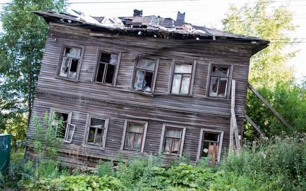 Деревянный дом в Архангельске, Михаил Варенцов заброшенные здания, маяк, просторы, россия, церкви