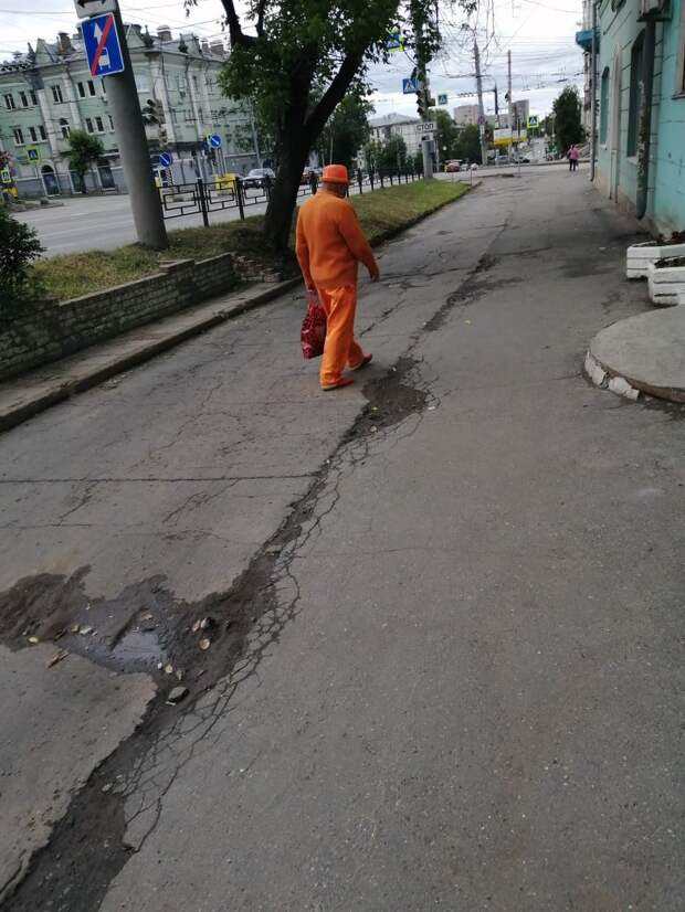 У «белого» человека в Ижевске появился «оранжевый» преемник