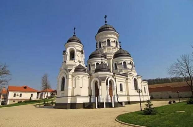 В монастыре Кэприяна открыт музей Святого архипастыря Гавриила