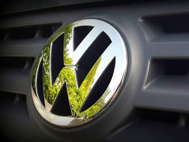 «Фонтанка»: У отца Виктора Цоя угнали Volkswagen в Петербурге