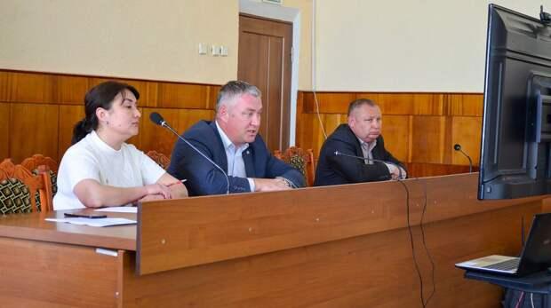 Алексей Михайловский провел рабочее совещание с главами сельских поселений