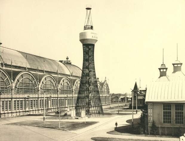 Шуховская водонапорная башня в Нижнем Новгороде.