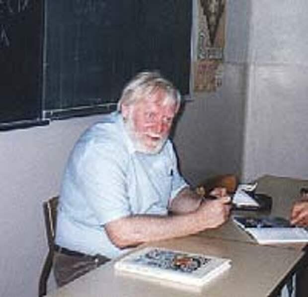 Кир Булычев, 1997 год. Wikipedia