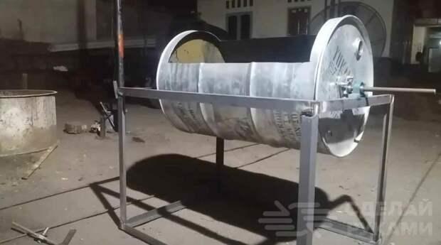 Как сделать растворомешалку из бочки и старого велосипеда