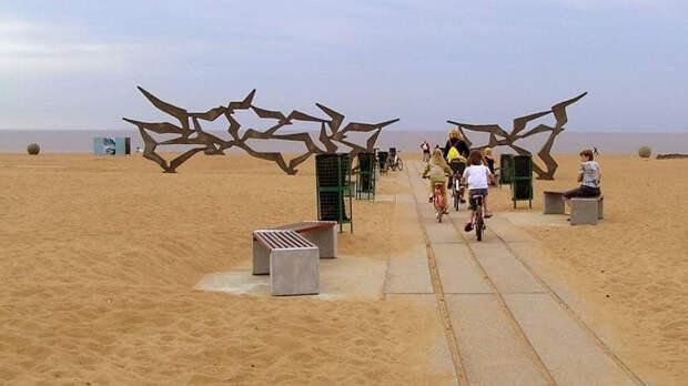 Смольный вводит дополнительные электрички на пляжи