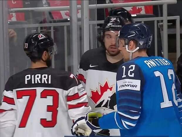 «Позорная» Канада выиграла чемпионат мира по хоккею