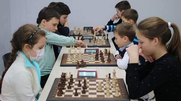 В Крыму прошел региональный этап открытых Всероссийских соревнований по шахматам «Белая Ладья»