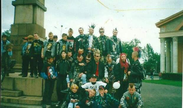 Как выглядели российские панки в 90-х годах