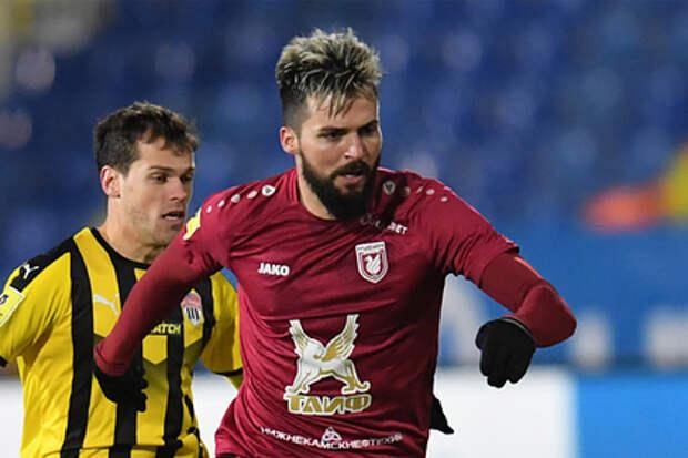 Назвавшему главный минус игры в России сербскому футболисту предложили уехать