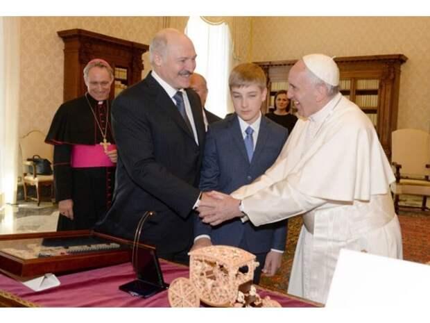 Ватикан уверен в устойчивости Лукашенко. Но почему?