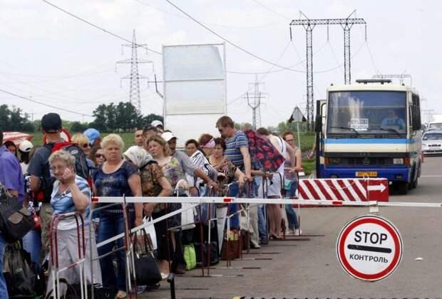 Пожилые жители ЛДНР остались без украинских пенсий