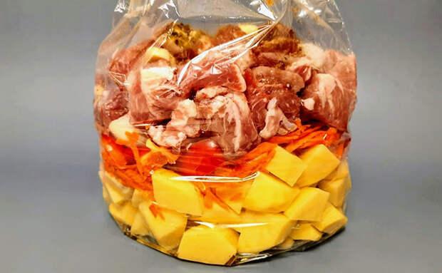 Ужин-выручайка когда нет времени: складываем в пакет мясо и картофель и занимаемся своими делами