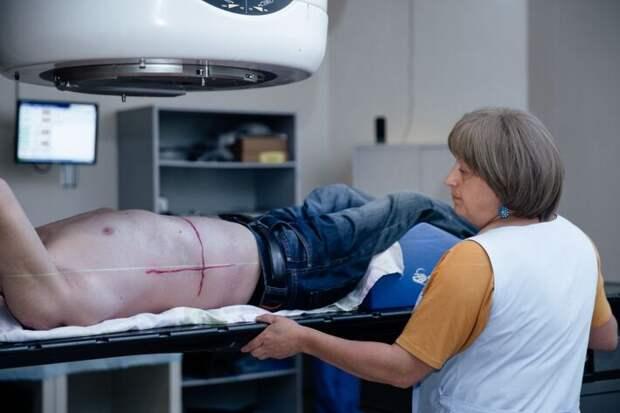 Онколог рассказал, когда мужчинам и женщинам нужно проходить медобследования