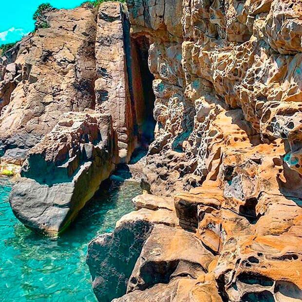 Эти скалы в Крыму так похожи на сыр! (ФОТО)