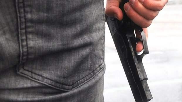 Входы во все школы Казани ограничены после стрельбы в гимназии