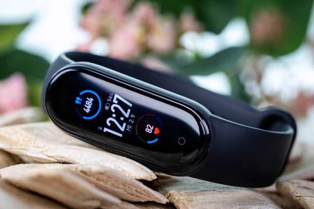 Новый фитнес-браслет Xiaomi сможет измерять содержание кислорода в крови