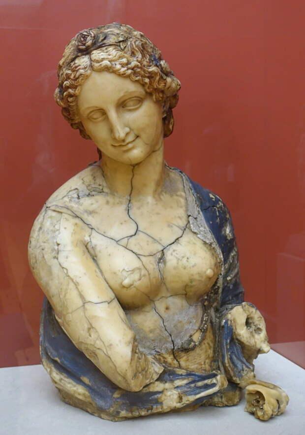 Леонардо да Винчи не создавал бюст Флоры из Берлинского музея