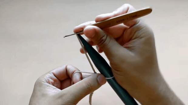 Эффектный и предельно простой ажур, позволяющий создавать дизайнерские вещи