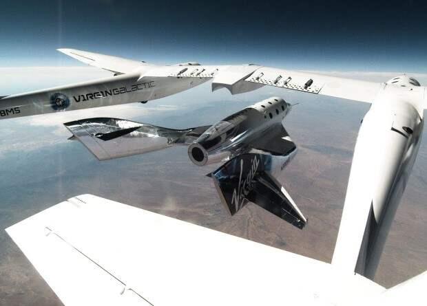 Virgin Galactic разрешили коммерческие полеты
