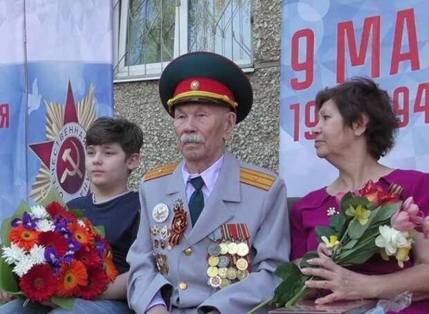 В Ижевске скончался ветеран Алексей Рылов, во дворе которого прошёл парад в честь 75-летия Победы
