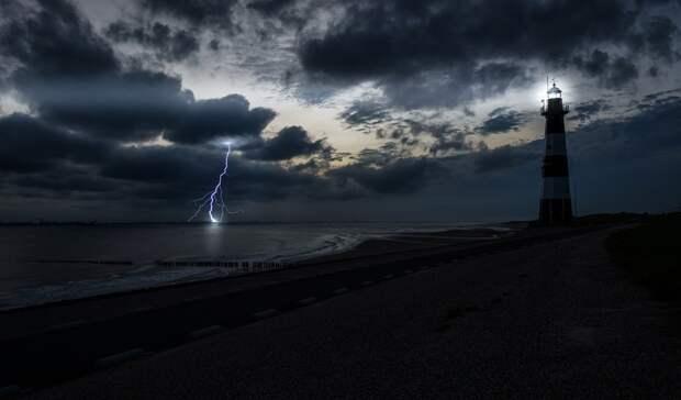 Гроза, град и шквалистый ветер обрушатся на Ростовскую область