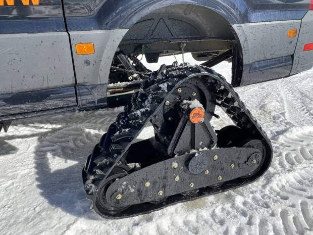 Отличная идея гнать по снегу.