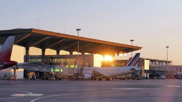 Пулково перед Евро-2020 примет рейсы с болельщиками из шести стран