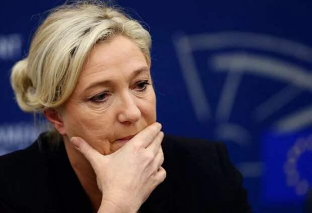 Ле Пен хотят лишить неприкосновенности из-за поста в Твиттере