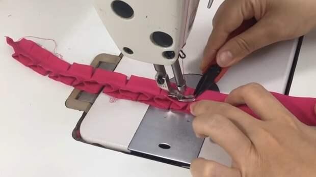 Простая швейная хитрость, с помощью которой можно сделать очень красивый декор для одежды