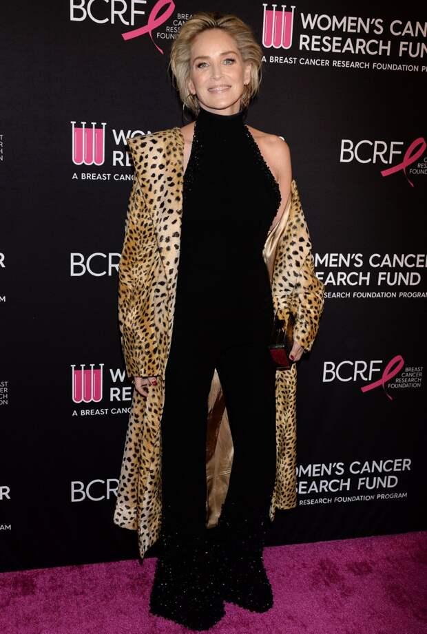 Как выглядит и что носит в обычной жизни 63-летняя Шерон Стоун