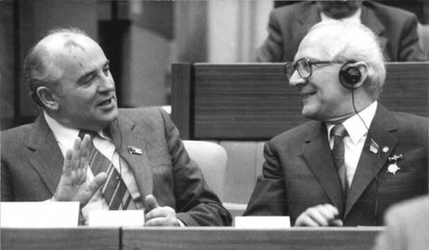Горбачев - раскрыта цена чудовищного предательства и развала СССР