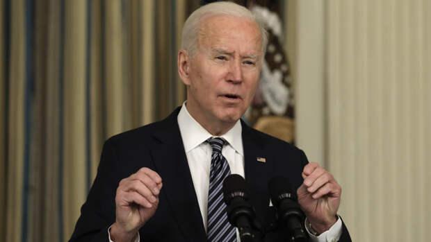 Байден «видел» покойного сына в кресле президента США