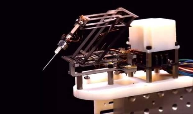 Миниатюрный робот-хирург продемонстрирован в деле