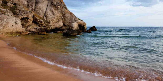 «Рога и Копыта». Галичане устроили лохотрон для туристов на крымских пляжах