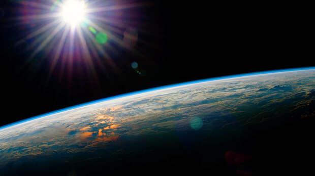 Человечество сжимает атмосферу Земли