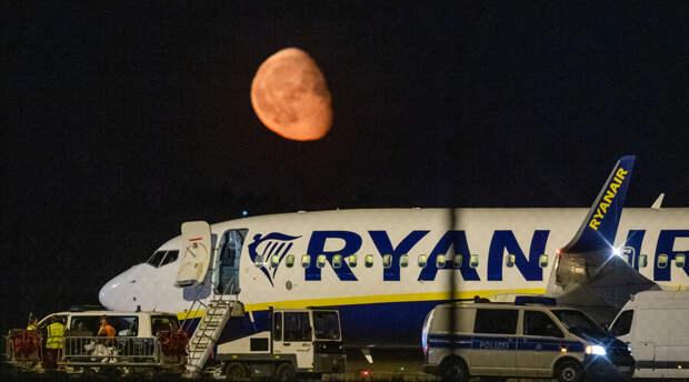 Граждане России могут попасть в санкционный список ЕС из-за посадки самолета Ryanair