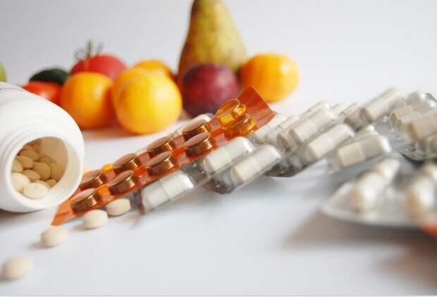 Перечислены самые важные витамины для людей старше 65 лет