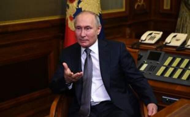 Путин отказал паралимпийцу, который попросил расписаться в его паспорте