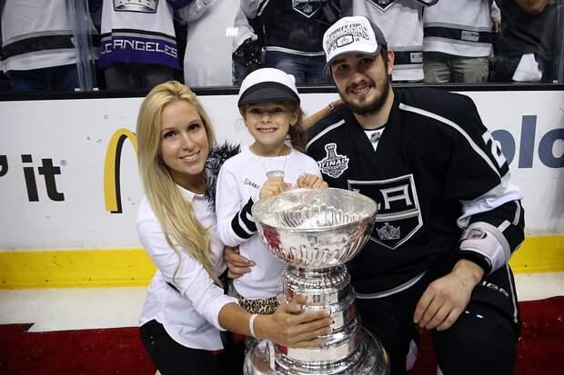 Скандальный русский хоккеист объявился в «Динамо». Сидевший в американской тюрьме Войнов вернулся в КХЛ год спустя
