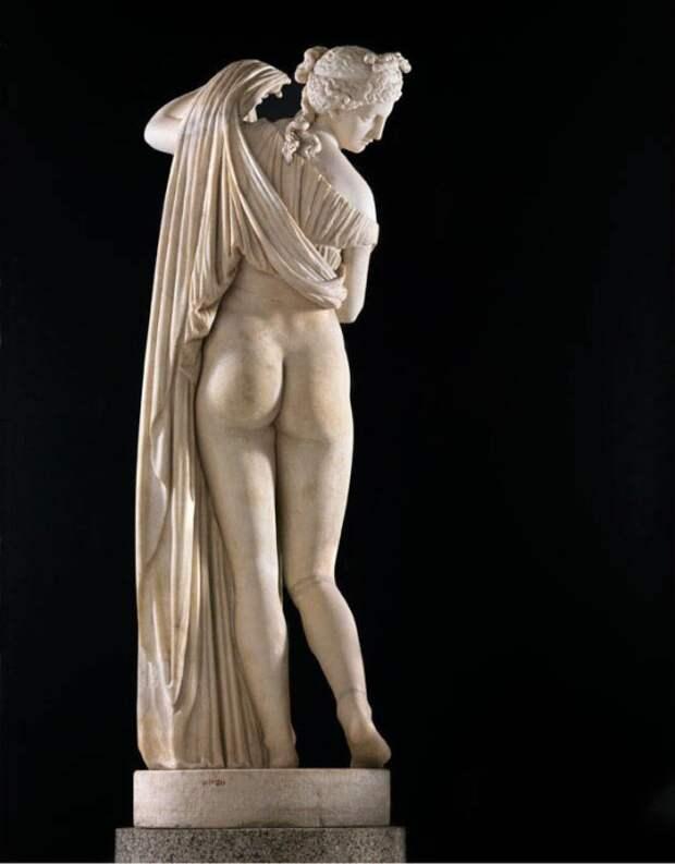 Венера Каллипига в Национальном археологическом музее Неаполя.   Фото: pinterest.com