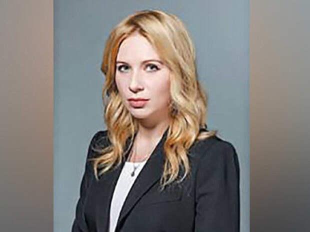 """За кусочек колбаски: """"Сдавшая"""" Улюкаева в суде подчинённая заслужила должность замглавы Минэкономразвития"""