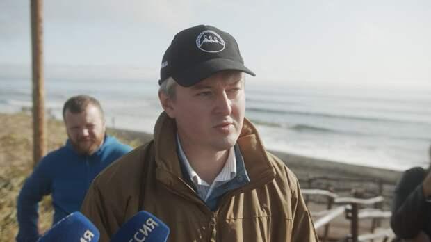 Губернатор Камчатки назвал три версии загрязнения воды в Тихом океане