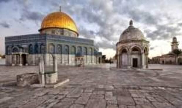 На Храмовой горе в Иерусалиме загорелась мусульманская святыня
