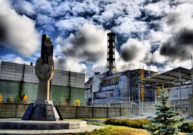«Аварию исключать нельзя»: Чернобыльская АЭС испускает всё больше радиации
