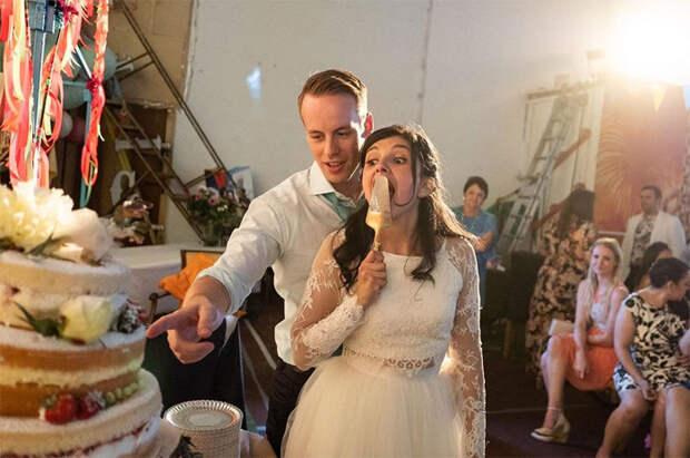 12 свадебных фото, которые заставят вас испытать испанский стыд