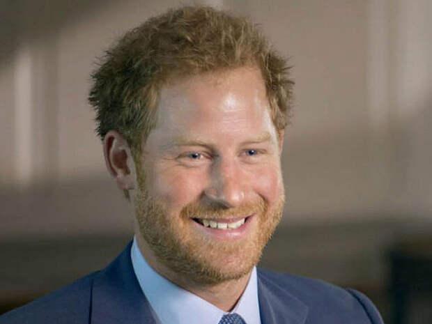 Принц Гарри рассказал о проблемах с алкоголем и наркотиками