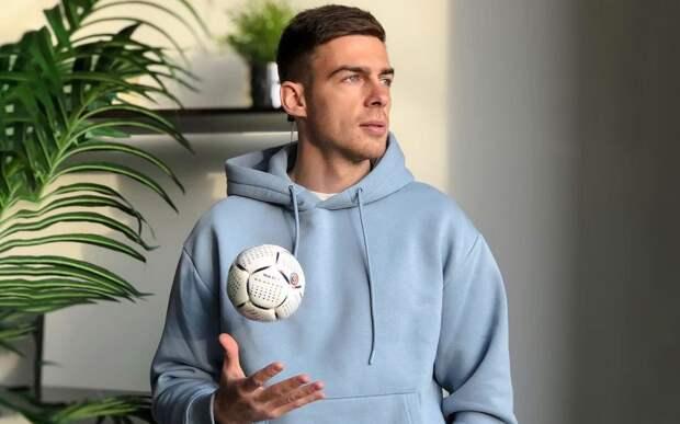 Футболист «Оренбурга» Аюпов: «Мы все доказали на футбольном поле, но, оказывается, что этого не всегда достаточно!»
