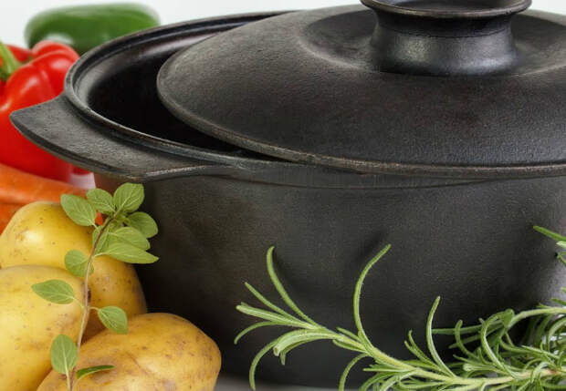 Кастрюлю супа сварили за 30 минут: 4 вкусов хватает на месяц вперед